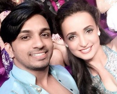 Sanaya Irani Albeli dance in Jhalak Dikhhla Jaa Reloaded - reality-show-473