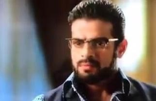Yeh Hai Mohabbtein Raman Goes Bald Post 6 Years Leap